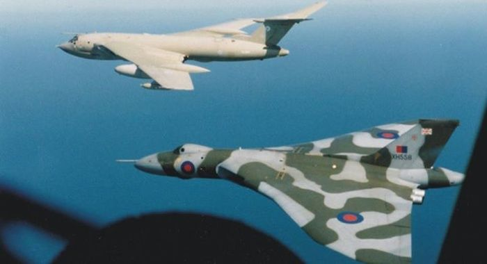 Thought to be the last ever Vulcan-Victor formation. The picture was taken from a Hercules in 1991 by the Co-Pilot
