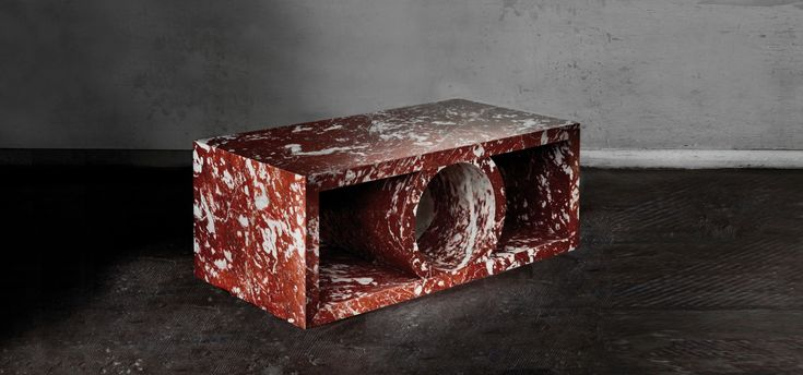 Low table PALAIS in red marble from St Pons - Pierre Gonalons