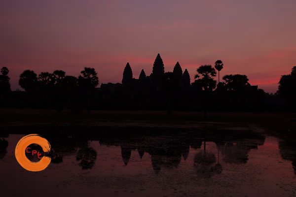 Angkor Wat at sunrise from east pool
