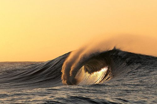 Beach sunsets.: Awesome Waves, Ocean Waves, Waves Beautiful, Beautiful Sunsets, Amazi Waves, Waves Surf