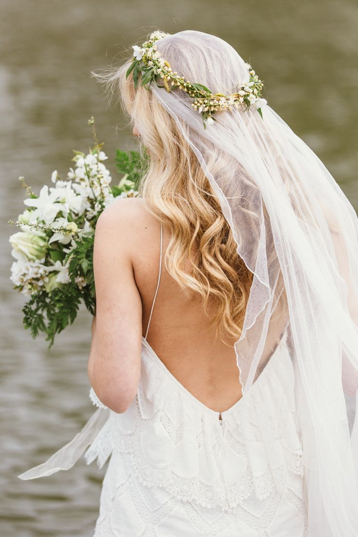fresh wedding inspiration and beautiful bridal styling flower flower crown veil and maid of honor. Black Bedroom Furniture Sets. Home Design Ideas