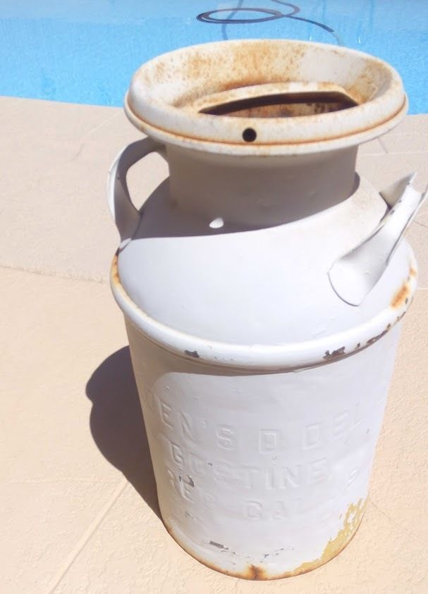 Antique Vintage Dairy Milk Can Primitive Decor BORDEN DAIRY, SD CA PRICE LOWERED