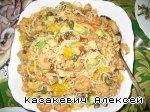 Салат с рисовой лапшой, сладкими креветками и авокадо