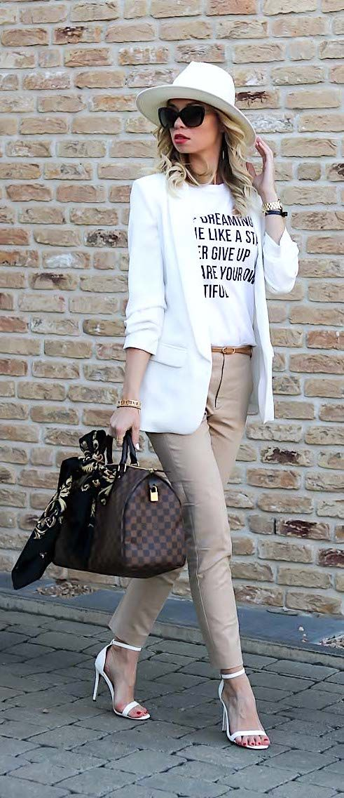 Vacation Mood Outfit, Streetstyle, Summer, Look, Vacation, Louis Vuitton, Speedy, neutrals, white, Sommer