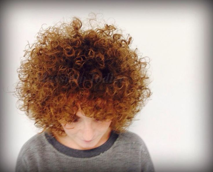 My work...! #hair #afrohair #haircut #massimoiodice #caserta #viamarchesiello #davines #woodland #crearicci #flamboyage