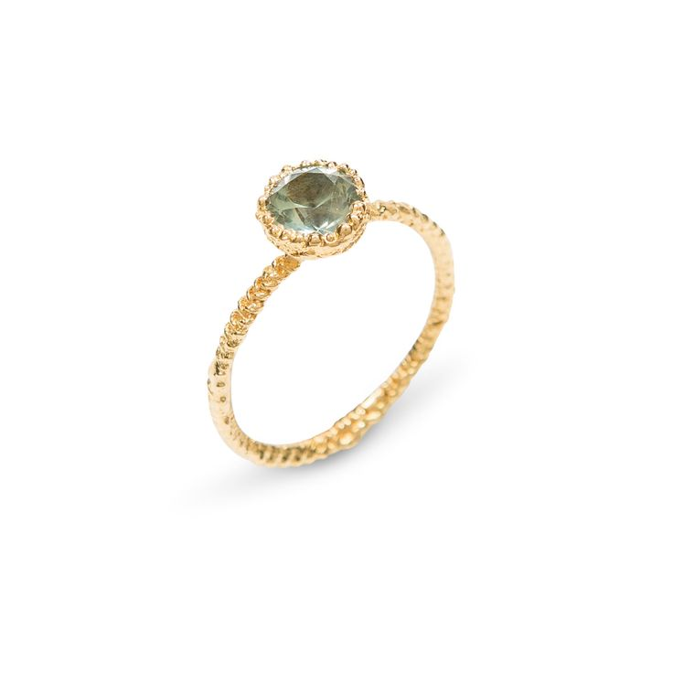 18k Gold and Green Sapphire Grace Ring by EbbaGoringJewellery on Etsy https://www.etsy.com/uk/listing/516402815/18k-gold-and-green-sapphire-grace-ring