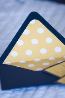 polka dot envelope liner . how cute!