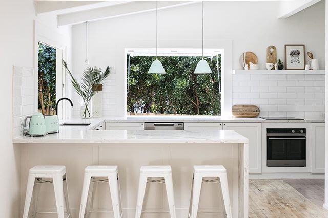THREEBIRDS kitchens #pearlbeachshackreno Have I mentioned we love a gas strut window!! @jacqui_turk | joinery @collectivejoinery | benchtop @universalstonensw | kettle and toaster @smegaustralia