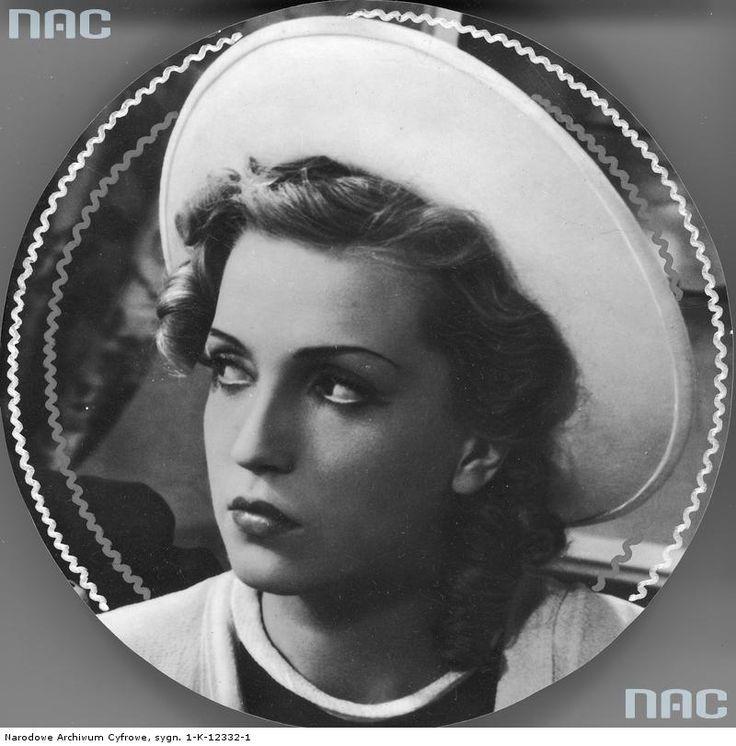 Tamara Wiszniewska. Polish actress, 1939.
