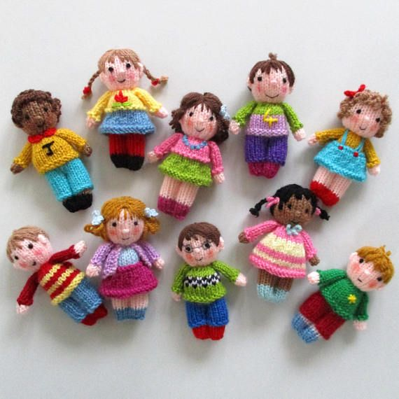 10 CUTE LITTLE KIDS – 4″ (10cm) – toy doll knitting pattern – Dolls house size – pdf instant download – Dollytime knitted doll