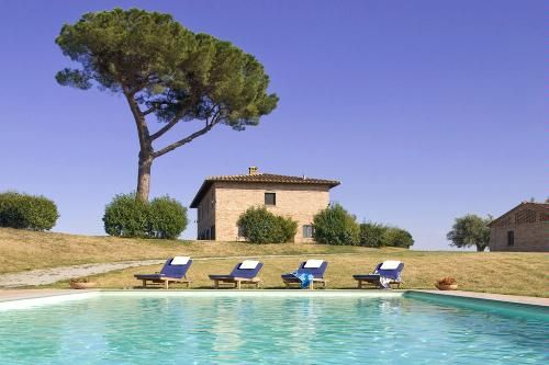 How to Rent a Farmhouse in Tuscany, Italy - Vacation Rentals: 10 Dreamy European Villas & Chateaux Slideshow at Frommer's