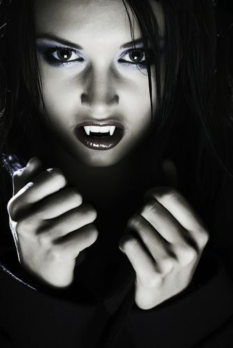 Vampire | Latest teen fad: Vampire teeth | The Mommy Files | an SFGate.com blog