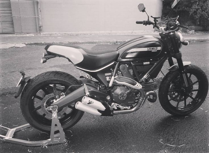Another satisfied customer after fitting some Evotech Performance paddock stand spindle bobbins to his #Scrambler