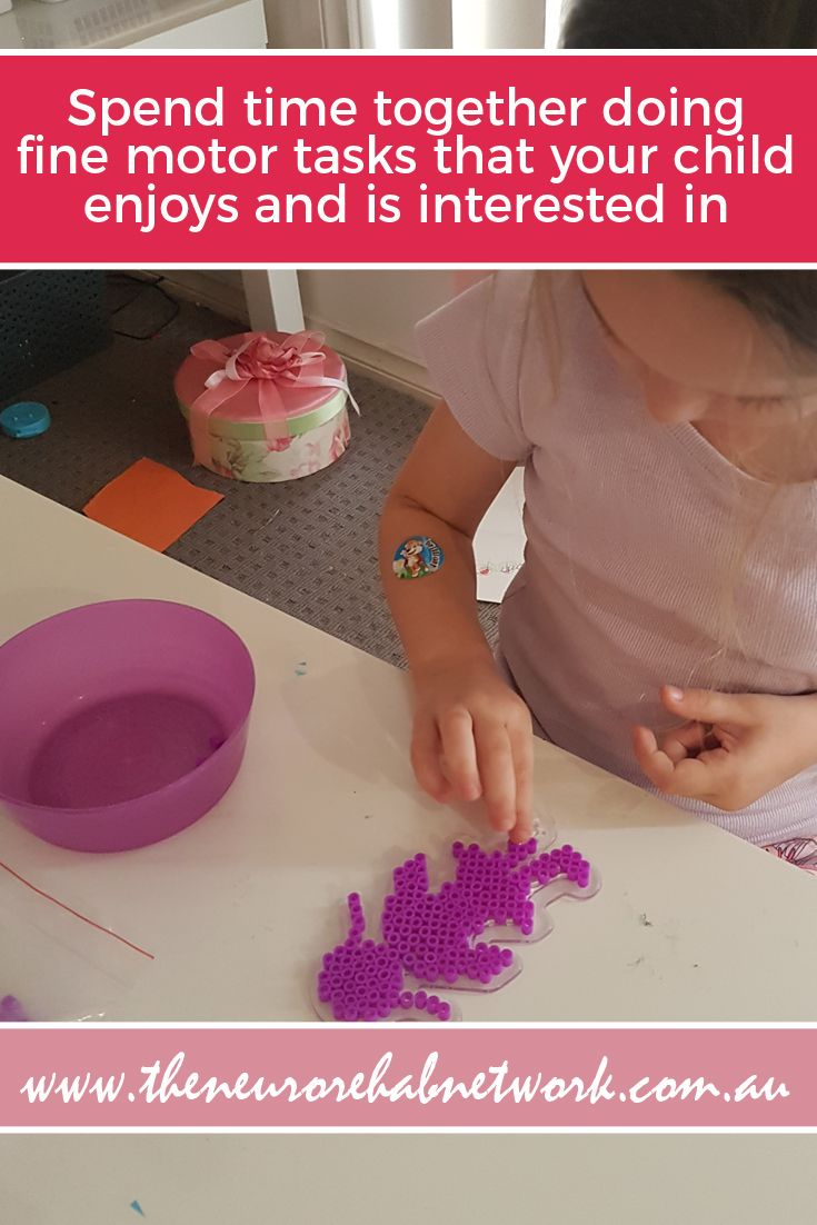 how to improve fine motor skills, help children with handwriting, develop pincer grip, handwriting skills at home, classroom handwriting tasks, early learning motor skills therapy, early childhood fine motor skills, fine motor stations, fine motor centres