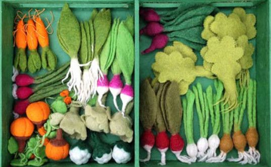 Grow a Garden Felt Veggie Kit is a Bountiful Toy for Budding Gardeners | Inhabitots