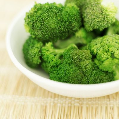 Top 20 Artery-Cleansing Foods  Broccoli is rich in vitamin K, which is needed for bone formation and helps to keep calcium from damaging the arteries, Dr. Schneider says. Not to mention, broccoli is full of fiber, and studies show a high-fiber diet can also help to lower blood pressure and cholesterol levels.