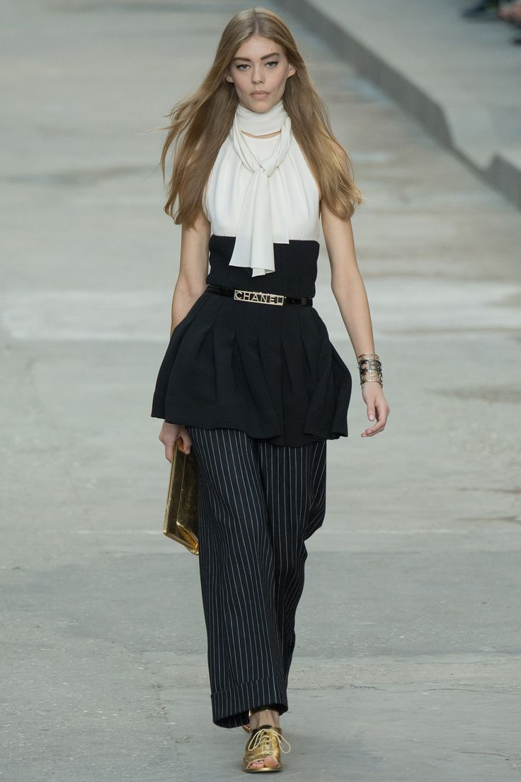 Chanel Spring 2015 Ready-to-Wear - Details - Gallery - Style.com