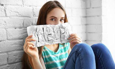 ΥΓΕΙΑΣ ΔΡΟΜΟΙ & άλλα...: Αυτοτραυματισμός στην εφηβεία: Τρεις φορές πιθανότ...