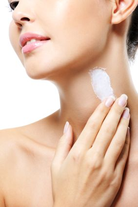 Best Body Care Products To Disrupt Hormones and Contribute to Thyroid Imbalance