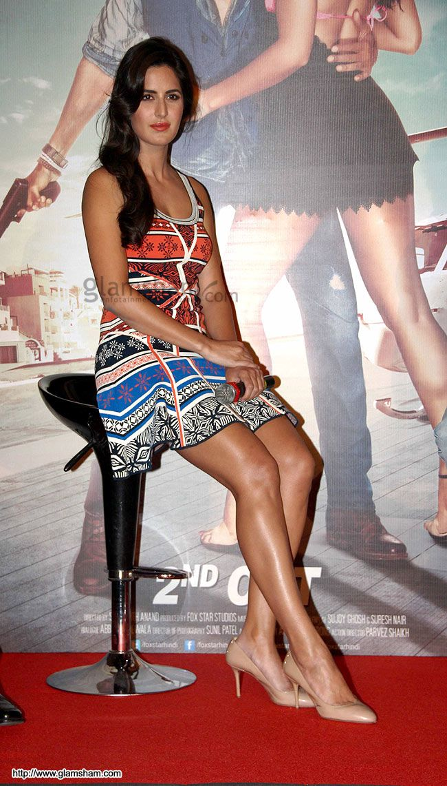 Katrina Kaif In Short Frock at Bollywood Beauties In Hot Short Frocks picture gallery picture # 137 : glamsham.com