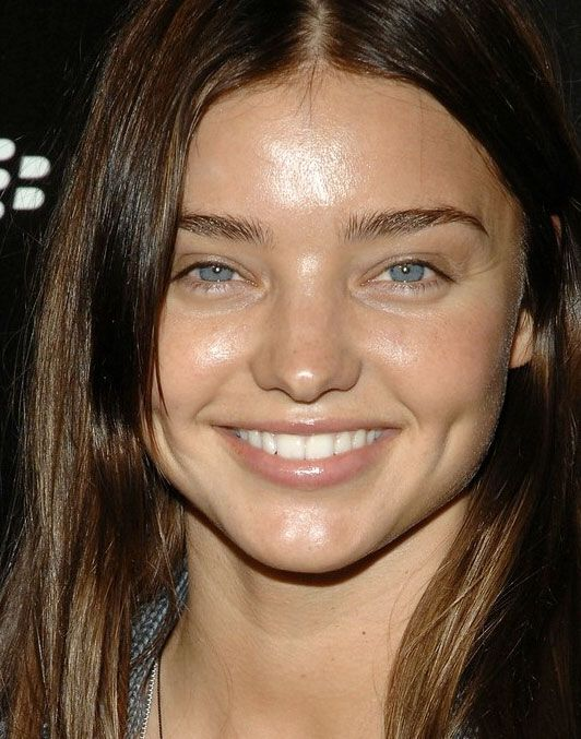 The 20 Most Beautiful Female Celebrities Without Makeup