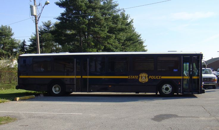 https://flic.kr/p/7SnPdZ | Delaware State Police | Delaware State Police Training Academy Bus  Picture Date:  04/08/2010  A Delaware State Police bus that transports DSP Recruits that are in the Training Academy.