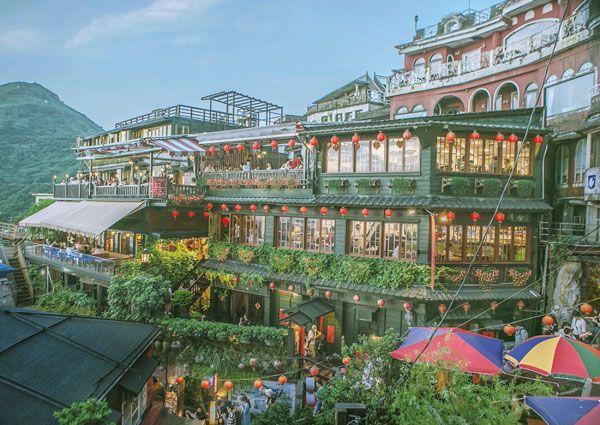 [Time Travel   대만  타이베이]취재  성은주    The Hottest Cities in Media  대만  타이베이   풍부한 먹거리와 아름다운 야경 그리고 이국적 향취로 여행객들의 오감을 자극하는 타이완의 …