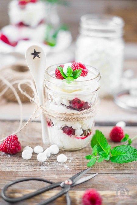 """Himbeer-Meringe Dessert oder auch """"Wilde Hilde"""" genannt – das wohl schnellste Dessert der Welt…"""