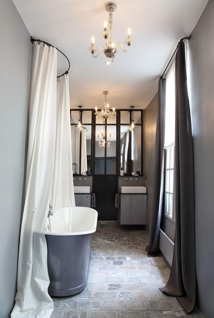 les 925 meilleures images du tableau salles de bains de charme sur pinterest salle de bains. Black Bedroom Furniture Sets. Home Design Ideas