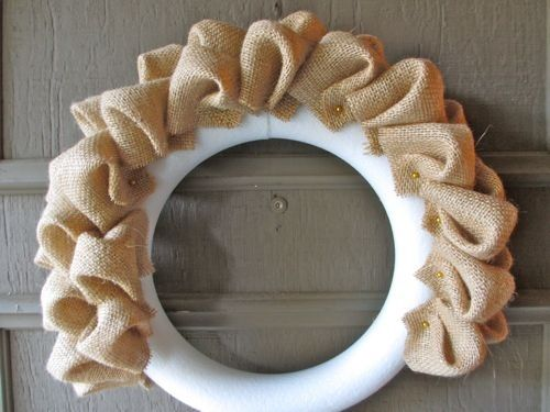 Burlap Bubble Wreath Tutorial by mmonet