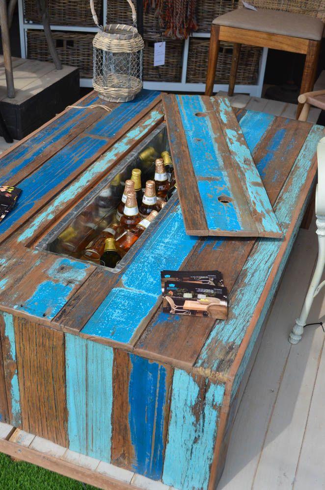 Mesa cervezas reciclada