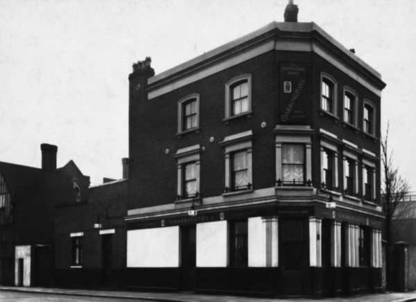 The Huntingdon Arms, 66 Burke St, Canning Town, E16 (Opened before 1881, closed in 1986, became a laundrette and now empty)