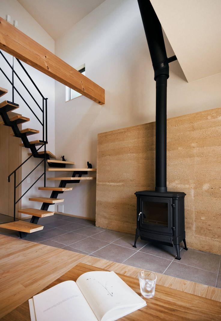 Rumah Jepang ini memiliki tampilan modern tapi menggunakan bahan alami..