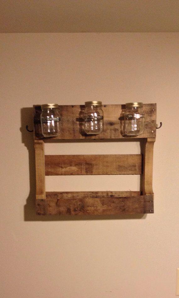 pallet towel rack with mason jars mason by. Black Bedroom Furniture Sets. Home Design Ideas
