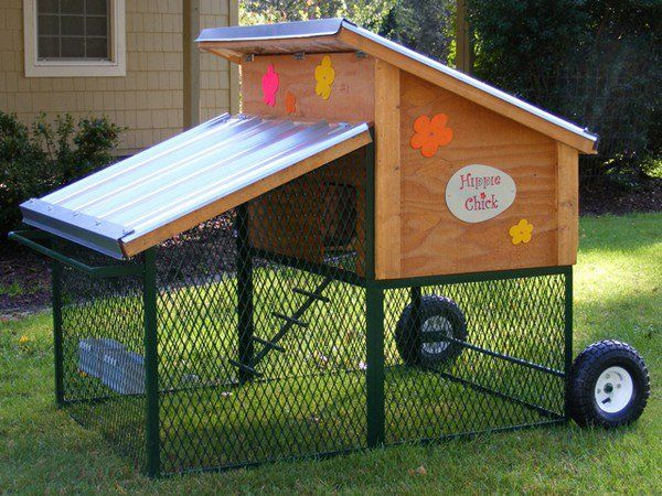 Movable chicken coop chicken coops pinterest the for How to build a movable chicken coop