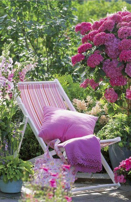 Relaxing garden • photo: Friedrich Strauss on Gap Gardens