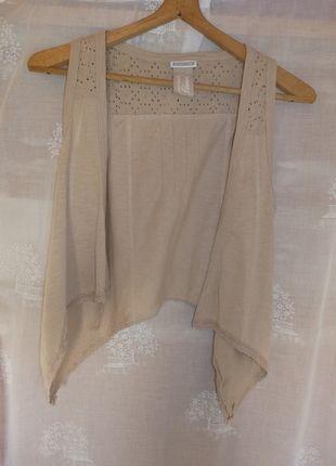 Kupuj mé předměty na #vinted http://www.vinted.cz/damske-obleceni/bolerka-and-vesty/12603970-svetle-hneda-vesticka
