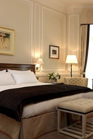 Claridge's – Luxury Hotel in Mayfair, Central London http://hotels.hoteldealchecker.com/