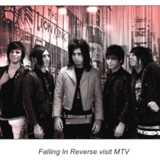 74 Best Falling In Reverse Images On Pinterest