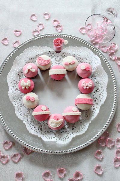 「バレンタインに♪ ミニカップケーキ」のレシピ by *hannoah*さん | FOODIES レシピ - 世界中の家庭料理に出会える、レシピのソーシャルブログ