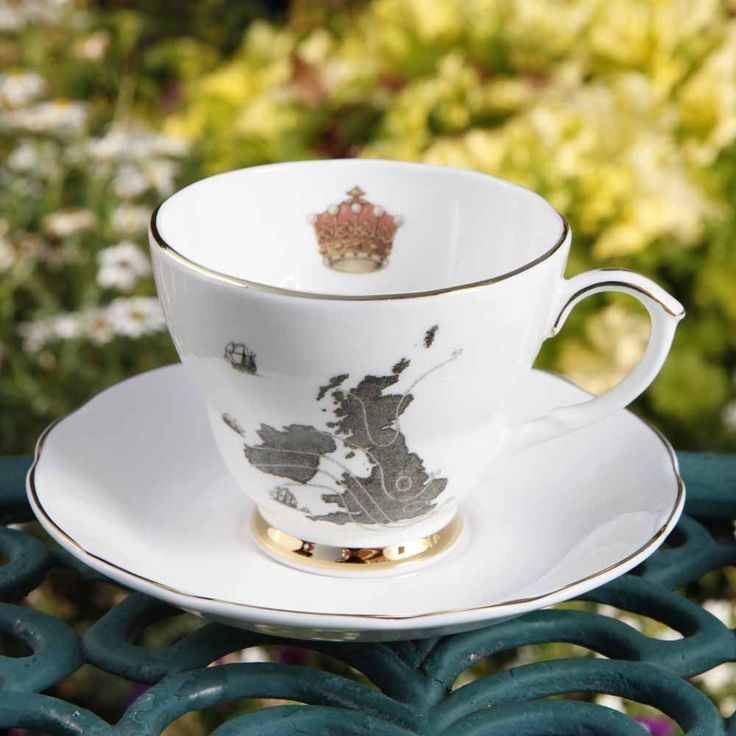 Sherlock's tea cup