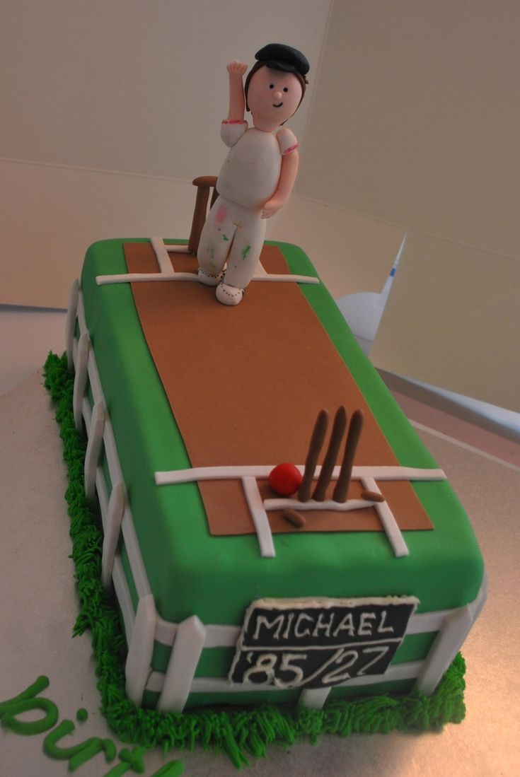 Cricket Cake Boy Man Cake Cricket Cake With Hand Made Quot Bowler Quot Figure In 2019 Cricket Birthday Cake Cricket Cake Birthday Cakes For Men