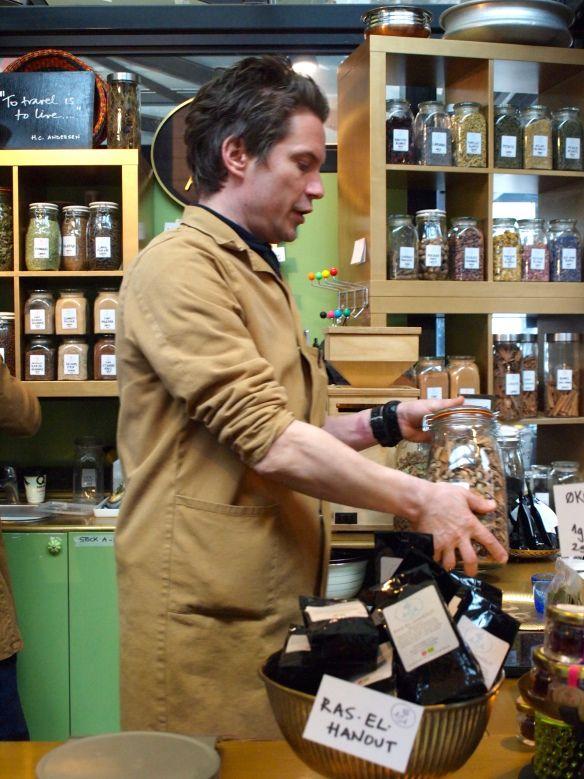 Tea tea tea! & spices...
