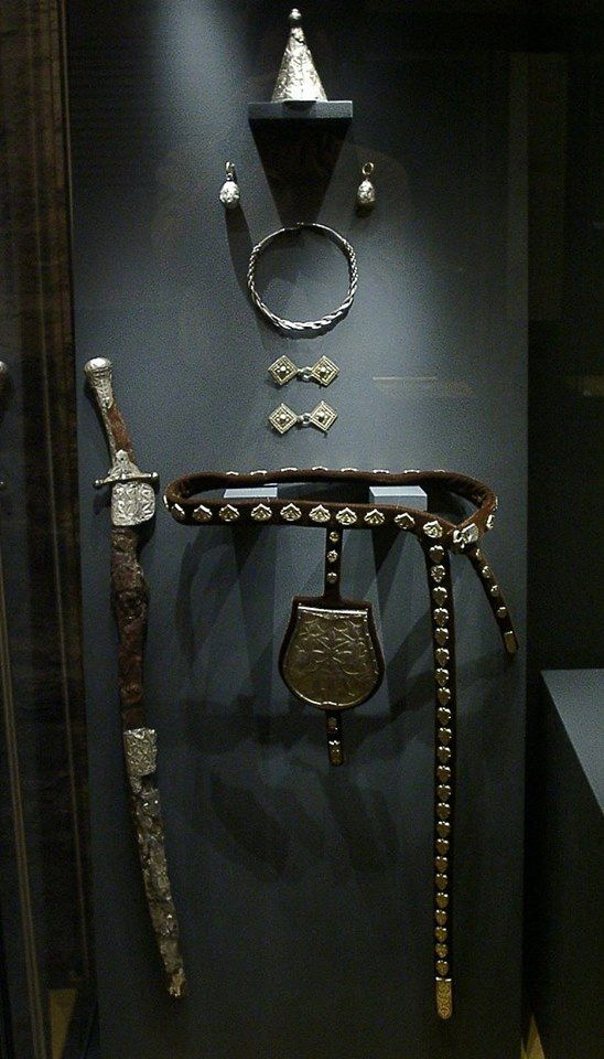 10th century Hungarian sabre.