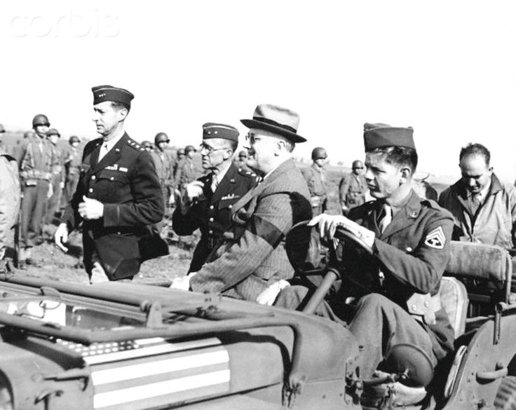 President Franklin Roosevelt reviews troops from a jeep at Casablanca.                                                Roosevelt Reviewing Troops at Casablanca ca. 1943. ❤★★★❤★★★★★❤★★★★❤  http://www.fdrlibrary.marist.edu/aboutfdr/biographiesandmore.html  http://en.wikipedia.org/wiki/Franklin_D._Roosevelt  http://www.historichydepark.org/