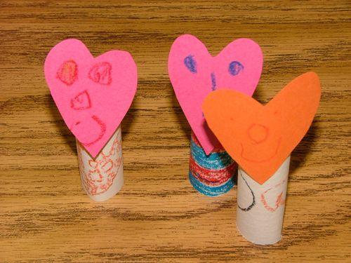 kids valentine finger puppets