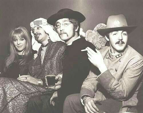Linda?, Ringo, John, and Paul. Beatles