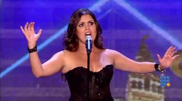 WebBuzz du 18/03/2016: Une chanteuse surprend le jury de The voice en Espagne-A singer surprise the jury of the voice tv show  Christina Ramos chante aussi bien l'opéra que le hard rock ...   http://www.noemiconcept.com/index.php/fr/departement-informatique/webbuzz-tech-info/207214-webbuzz-du-18-03-2016-une-chanteuse-surprend-le-jury-de-the-voice-en-espagne-a-singer-surprise-the-jury-of-the-voice-tv-show.html