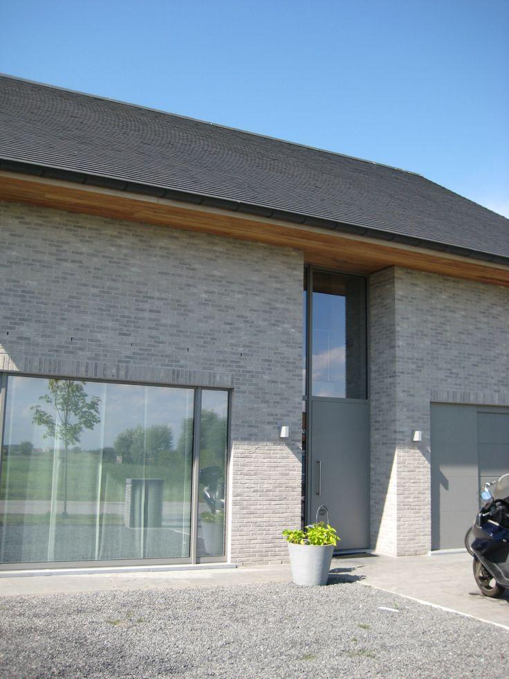 Desimpel Forum Branco Genuanceerd Gesmoord (huis Wenduine) - schrijnwerk RAL 9007 // House Wenduine, Belgium