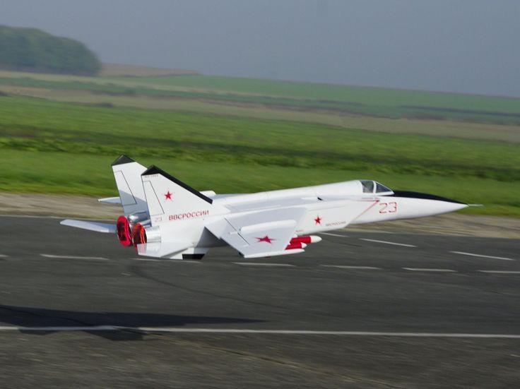 MiG 25 by René Lempereur RC jet turbine plane